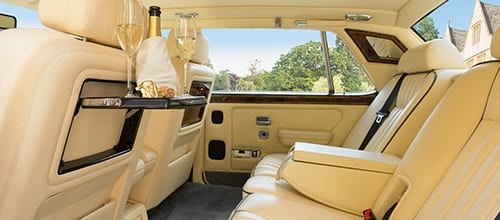 Photo showing large amount of leg room in Rolls-Royce Flying Spur