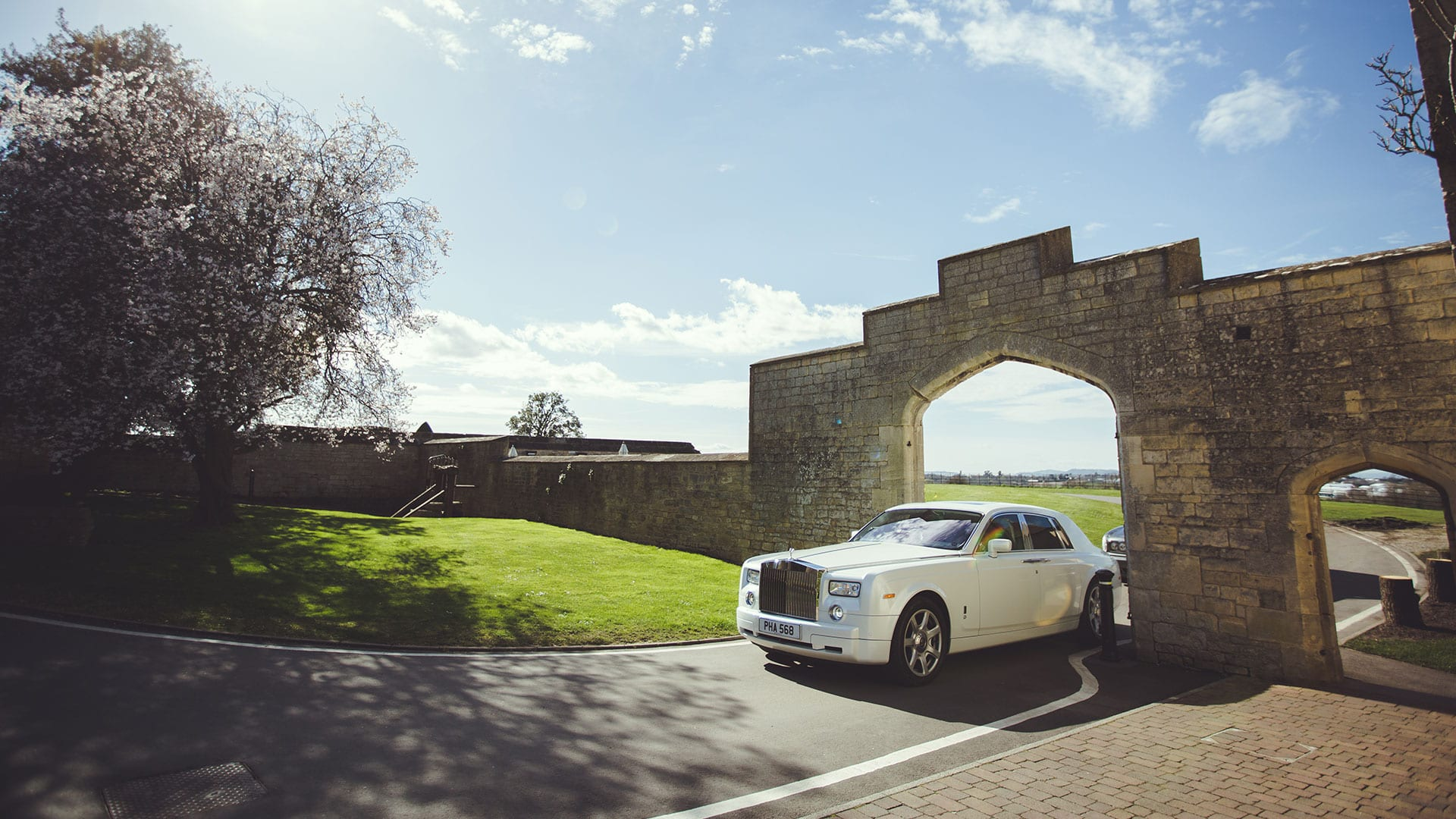 Rolls-Royce Phantom Wedding Car in white