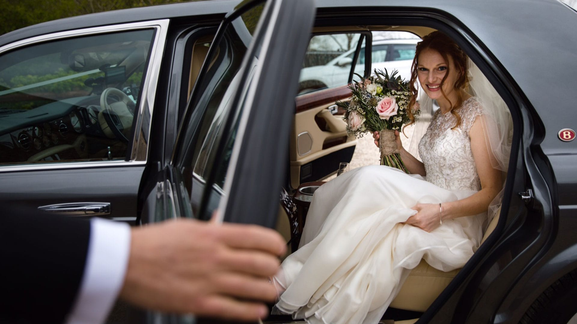 Beth in the Bentley Arnage wedding car