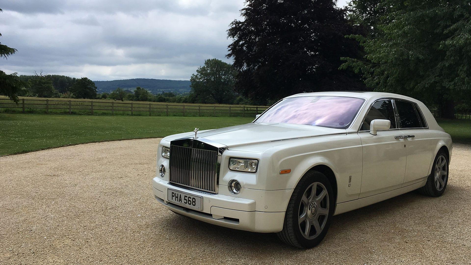 The Rolls Royce Phantom At The Reception Venue Azure Wedding Cars