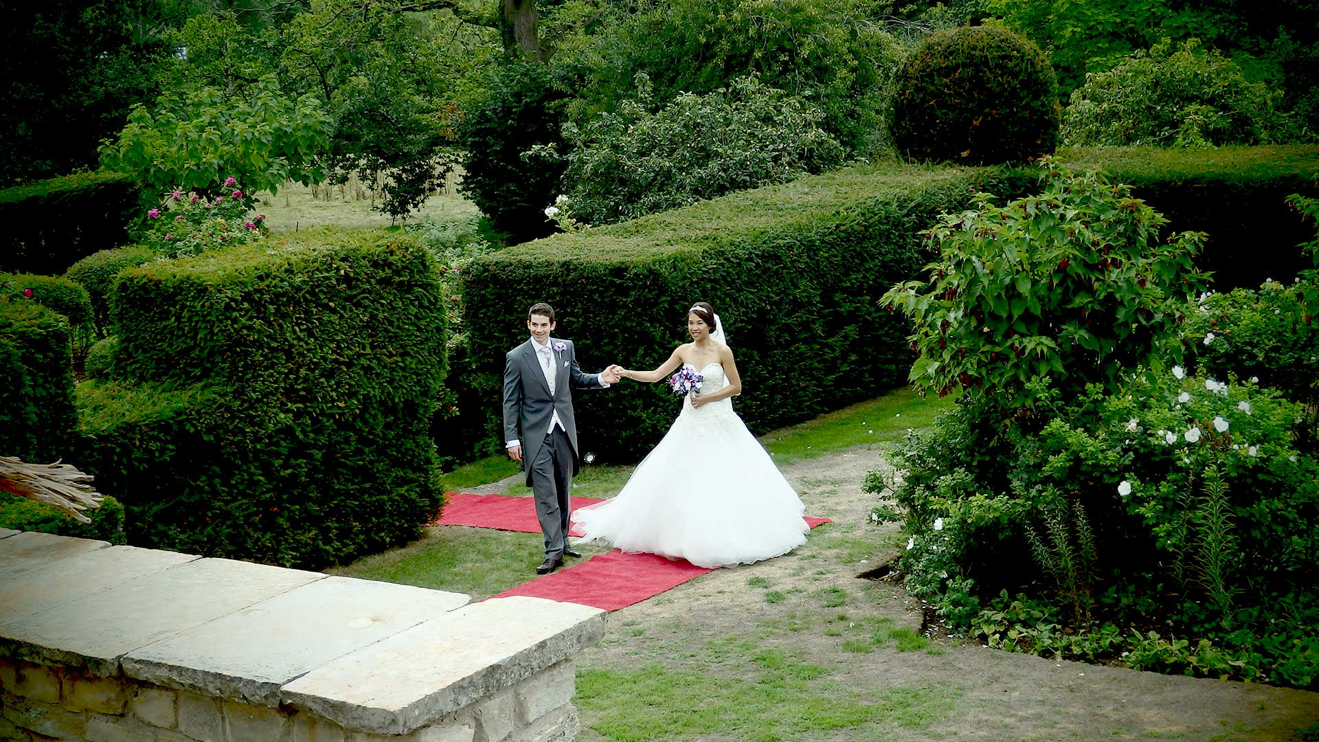 Niall and Elle in the Glenfall House gardens after an outfit change