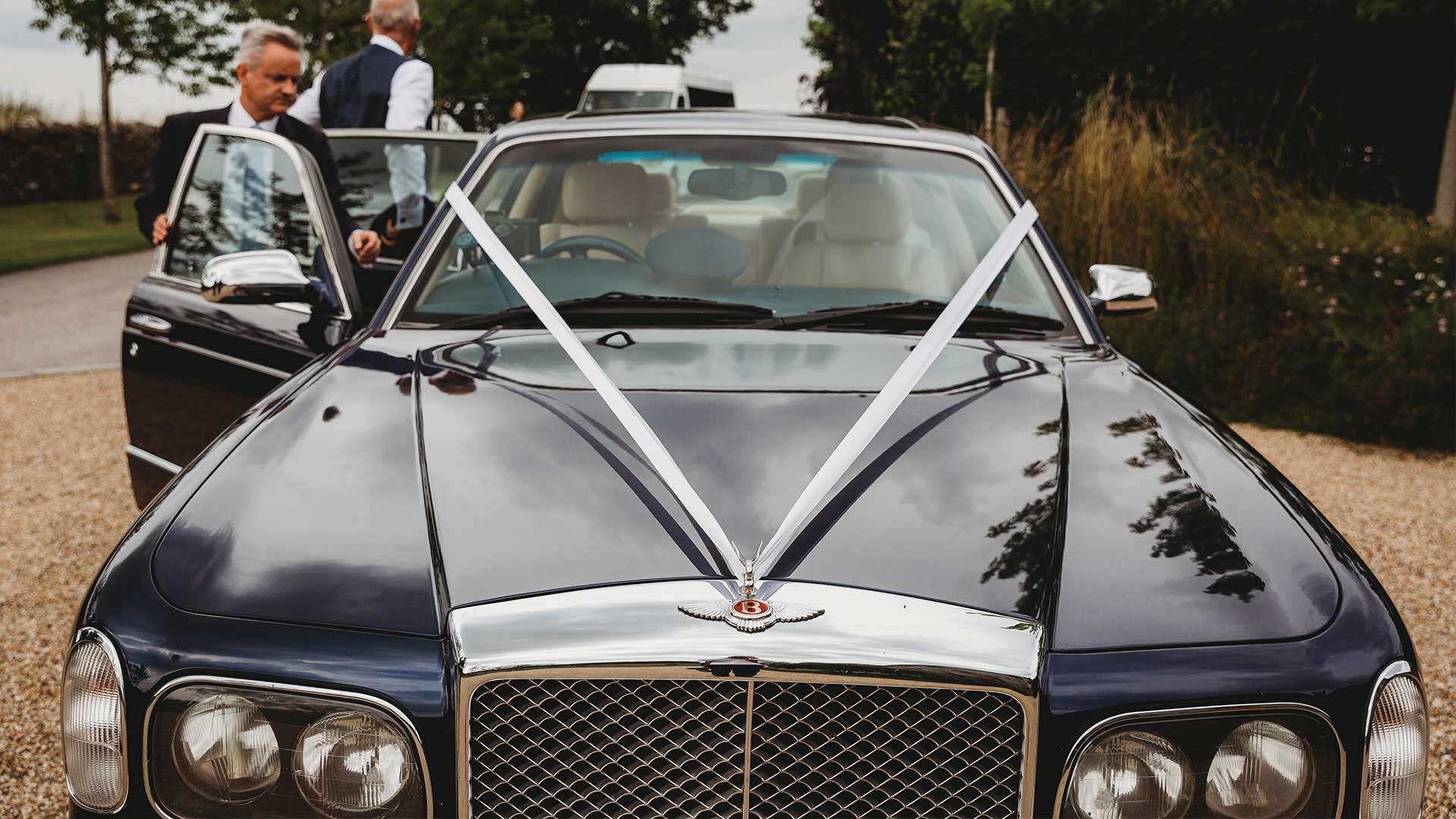 Azure's Bentley Arnage wedding car in Blue