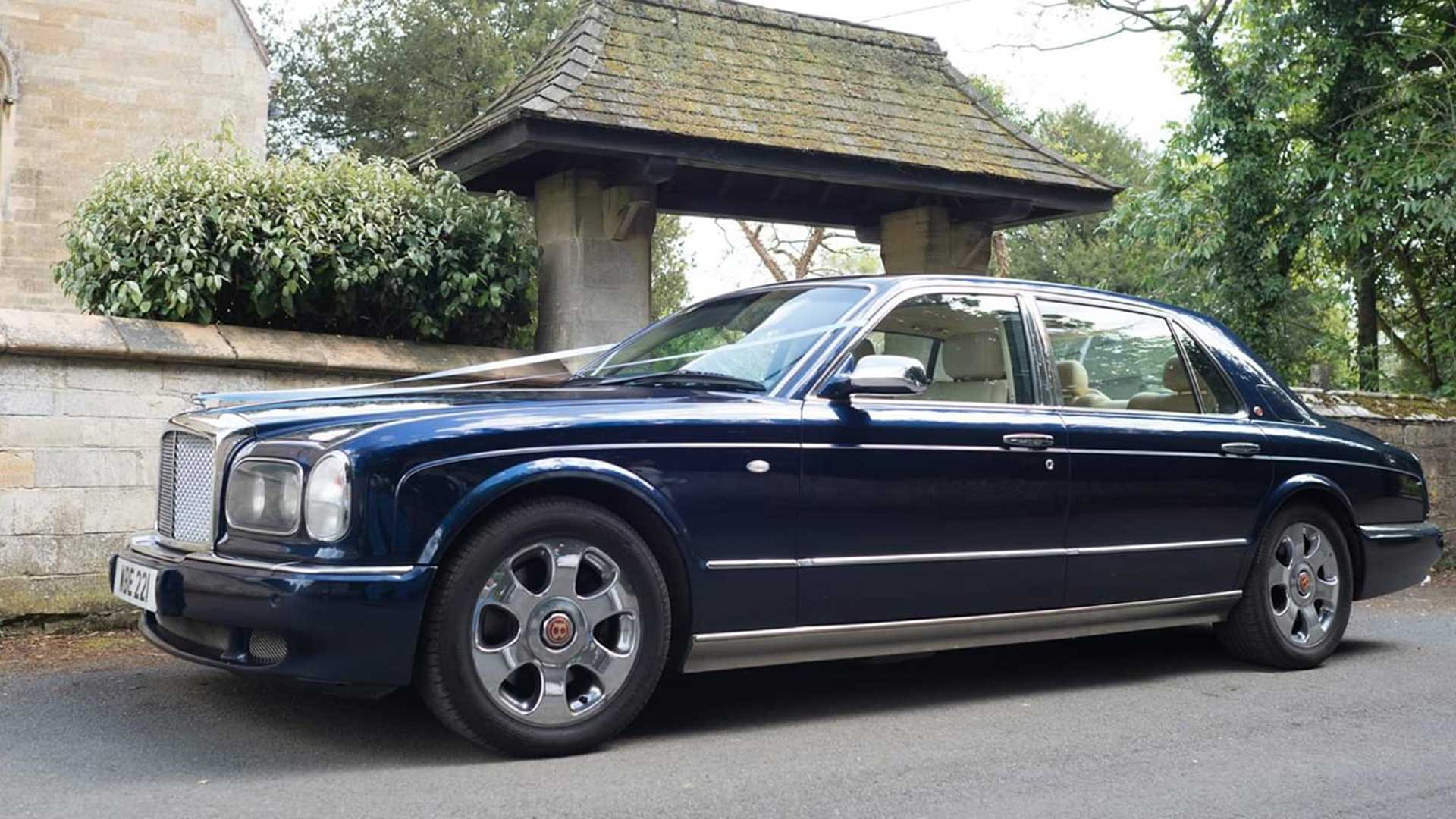 The Bentley Arnage wedding car in blue